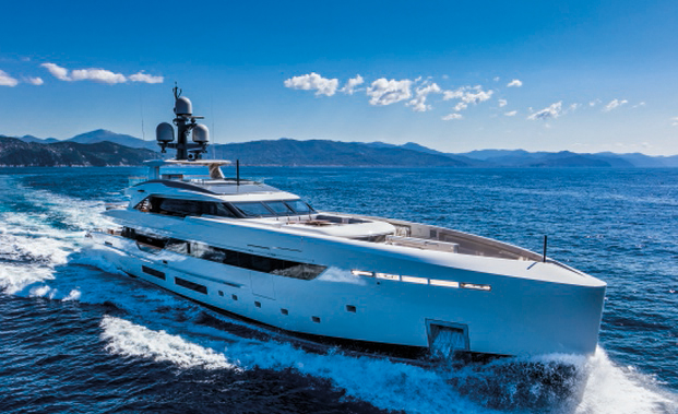 Yacht Première: The International Quarterly Of 100' Plus Yachts